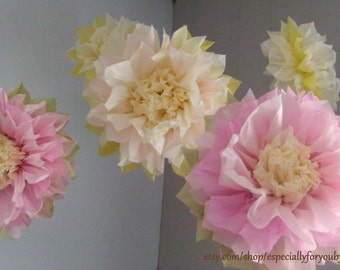 Set of 5 Tissue Paper Pom Pom/ Flower -  Perfect Decorations for  Wedding, Birthday Party & Baby Shower