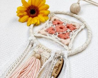 Dream Catchere Spring. Babies Home Decor Boho Chic Bohemian Style White Beige