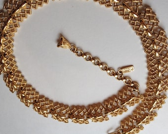 Vintage Monet Necklace Gold Tone Signed Textured Bold Gold Elegant
