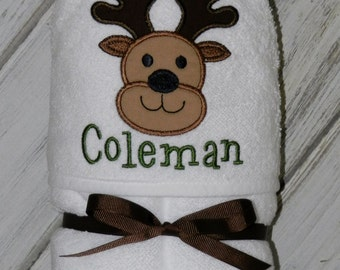 Deer Hooded Baby Towel / Personalized / Baby Gift / Shower Gift