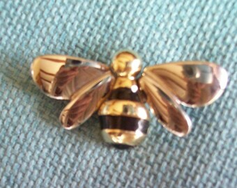 Honey Bee Brooch - Liz Claiborne - Silver Black and Gold - Great Condition!   Vintage 1980's - Busy Bee Pin - Garden Lovers - Farmers Market