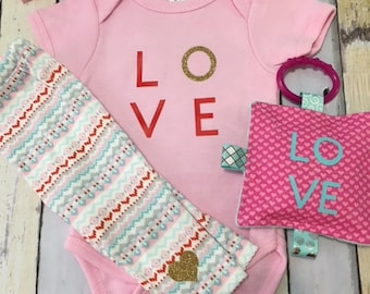 Baby girl clothing outfit,  Valentines Outfit for baby girl, Infant outfits, size 3-6 months Valentines outfit,  girls clothing sets.