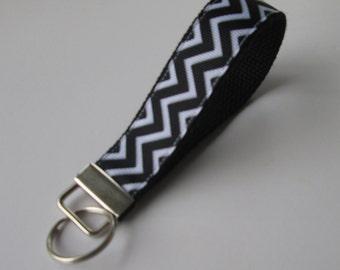 Black and White Chevron Keychain, Cool Lanyards for Women, Chevron Keychain Lanyard, Cute Wristlet Lanyard, Black Chevron