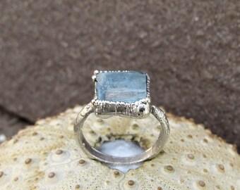 Rough aquamarine ring | Aquamarine silver plated ring | Aquamarine electroformed ring