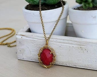 MOTHERS DAY GIFT, Jade Necklace, Red Jade, Red Stone Necklace, Vintage Pendant Necklace, Vintage Necklace, Jewelry Gift, For Her, Bff Gift