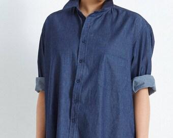 Boyfriend Shirt in Denim Chambray