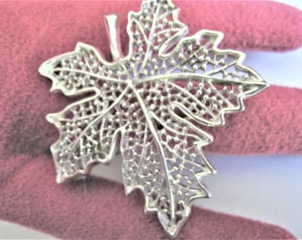 Sarah Coventry Silver Tone Leaf Pin