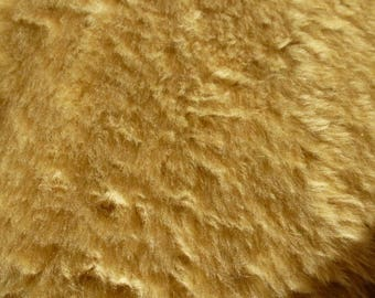 light beige acrylic fur for sewing, scrapbookint, accessories and toy creations plush 63 cm x 30 cm