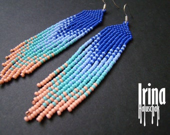 Beaded earrings, seed bead earrings, modern earrings, boho earrings, fringe earrings, beadwork jewelry, gradation from blue to light pink
