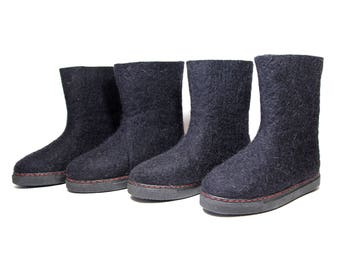 Felted Boots Women Outdoor Wool Boots Natural Wool boots, Snow Boots Valenki Ugg, Boiled Wool Boots Black Boots Rubber Soles Travel Gift