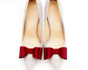 Claret bows - shoe clips Manuu, Bridal shoe clips, Wedding shoe clips, Dark red bows