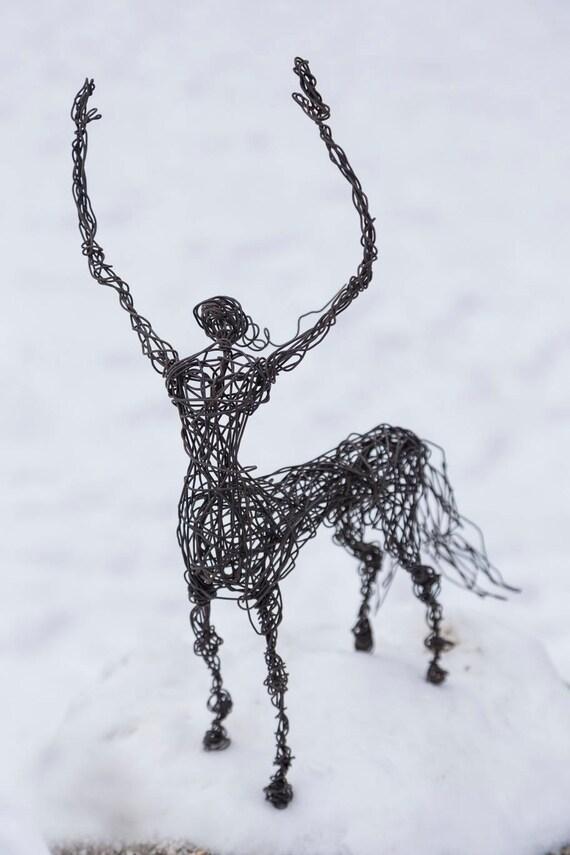 Zentaur mythologische Kunst Pferd Figur Draht Tier