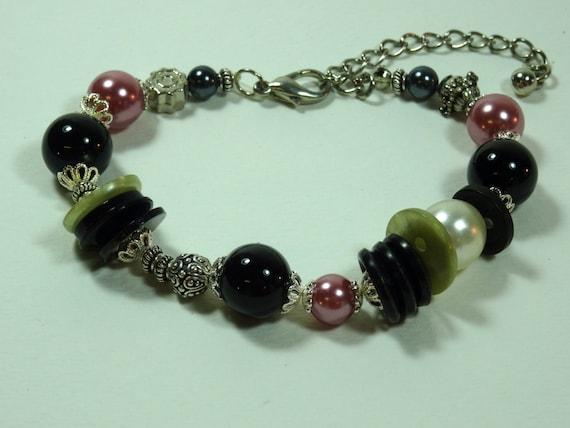 SJC10240 - Pink/silver-color metal /black/pearl beaded bracelet