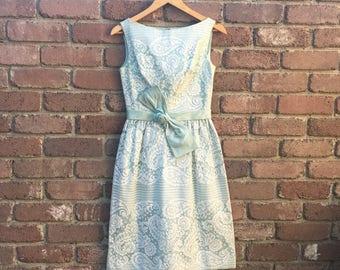 Vintage 1960s Mint Lace Dress