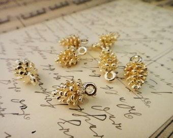 8Pcs Gold Plated Pinecone Charms