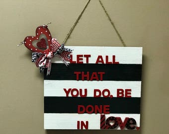 Clearance!!!!!! Valentine's Day Door Hanger. Sale! Ready to ship.
