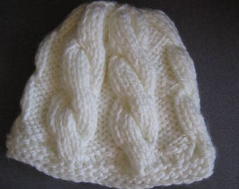 White cable Hat