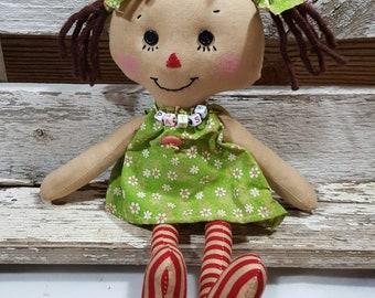 Raggedy Annie Primitive Dolls Lil Pat Annie Raggedy Ann Doll Green Daisy Print Dress Annie Doll
