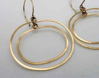 Gold Oval Double Hoops Open Circle Earrings Geometric Hoop Dangles 14k Gold Fill Drop Earrings Mod Jewelry Hammered Wire Jewelry