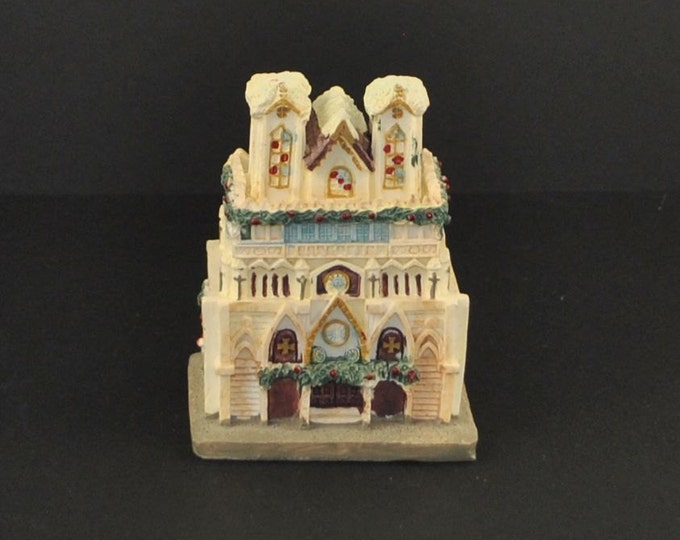 Vintage Cathedrals of the World, Coronation Cathedral Of The Kings Reim France by GINY, Inc. 1991 Handcrafted, China, Replica, Church