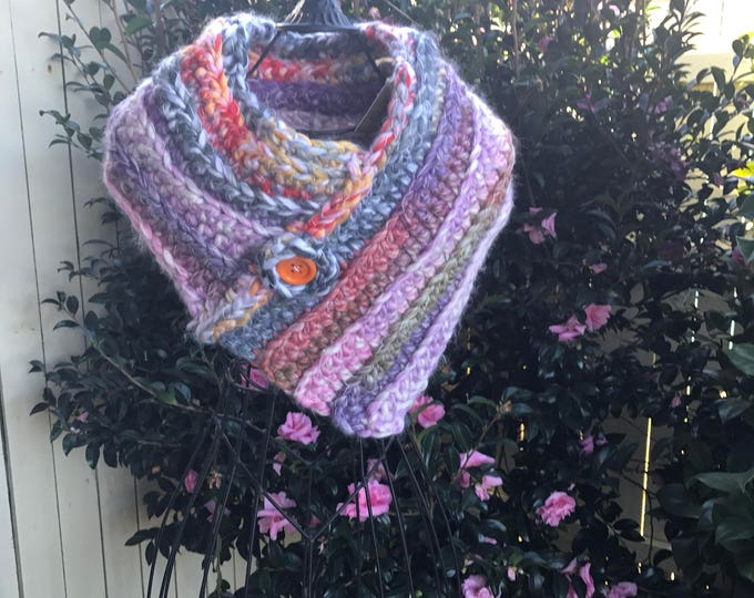 Chunky yarn neck warmer