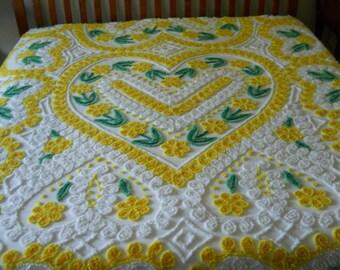 Lemon hearts VINTAGE Chenille Bedspread EXCELLENT condition