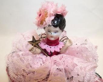 Ange d'assemblage «Rose rose» Assemblage Art Doll, poupée ancienne pièces, Vintage Style Art Doll