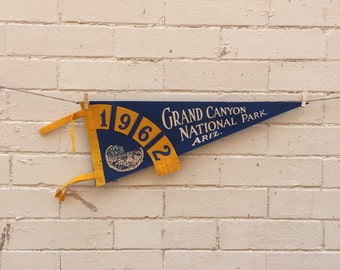 Vintage 1962 Grand Canyon National Park Arizona Pennant