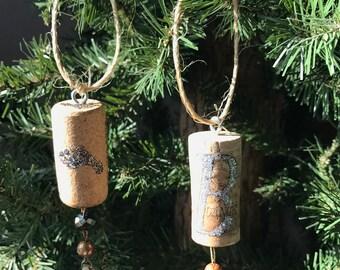 Ocean Tide Wine Cork Ornament/ Wine Bottle Charm Set