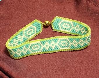 Delica Bead Bracelet Teal White Bracelet Beaded Teal Bracelet Aqua Bead Bracelet White Aqua Bracelet Peyote Bead Bracelet Size 7 Bracelet