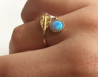 Botanical ring, opal ring, leaf ring, Golden brass ring, adjustable ring, gemstone ring, stacking dainty ring - Gone with the wind RK2062-1