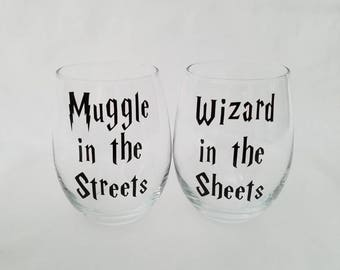 Harry Potter Inspired Stemless Wine Glasses l Muggle in the Streets l Wizard in the Sheets
