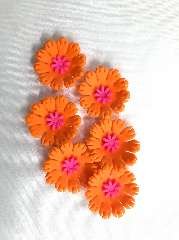 Orange Edible Flowers Bright Color Hawaiian Fondant Cupcake