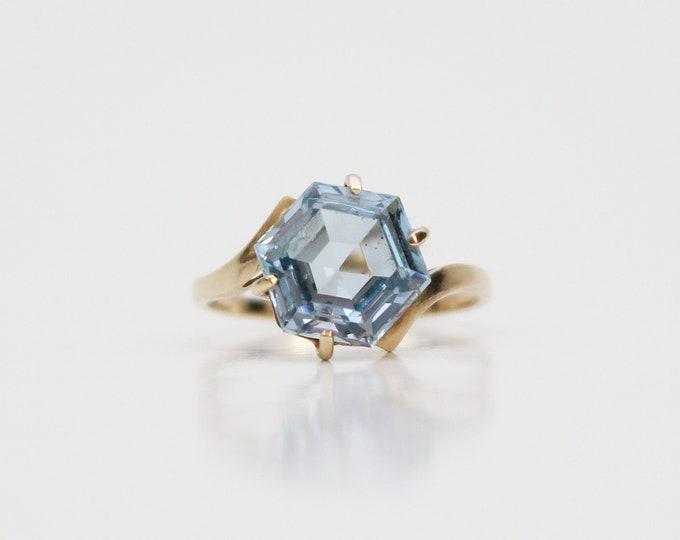 Vintage 10K Gold Aquamarine Ring - Size 6.5
