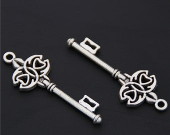 30pcs Antique Silver Skeleton Key Charms Pendant A2576