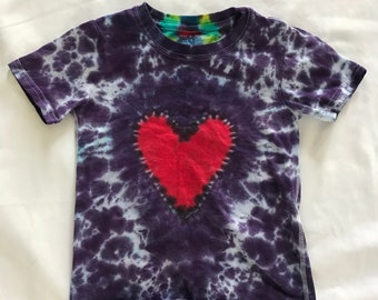 Size 4T-5T heart shaped tie dye t-shirt with colorful spine
