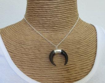 Double horn necklace, horn pendant necklace, crescent horn necklace, white horn necklace, black horn necklace, tusk moon necklace, bohemian
