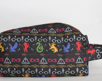 Fair Isle Hogwarts Medium Knitting & Crochet Project/Toiletry Box Bag