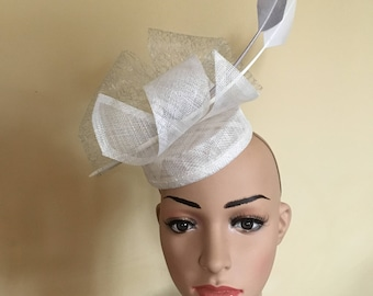 White and grey feather pillbox hat.White and grey pillbox hat. White and grey pillbox. White and grey small hat.white and grey hat.white hat