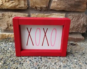 Valentine's Day XOXO Wood Sign