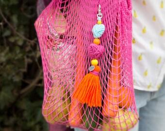 Pom pom keychain Pom pom bag charm Tassel keychain Purse Charm Boho keychain Handbag charm Tassel clip Pompom key chain