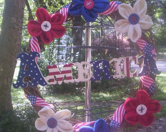 American flag wreath/Patriotic  Fabric wreath/Red,Blue and White wreath/4th of July Wreath/Patriotic burlap wreath/Burlap flower wreath/