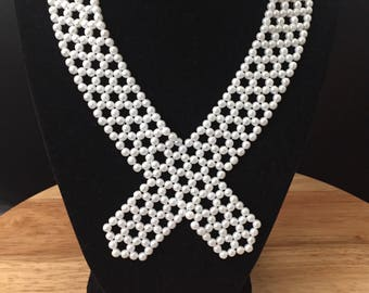 Pearl ribbon style necklace
