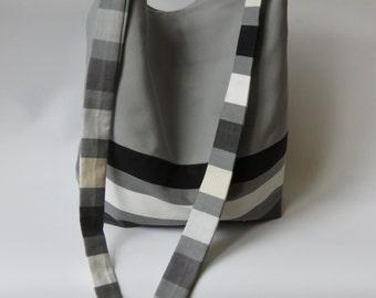 Tote bag / grey cotton shopping bag.