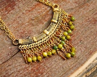 Vert & or collier déclaration plastron Bohème - perles de coquillage