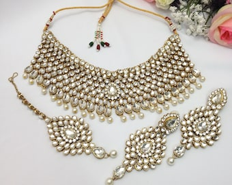 Handmade Bollywood Necklace Set with Earrings and Tika Headpiece Indian Jewelry Bollywood Set Indian jewelry Bollywood jewelry