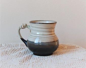 Knotted Handle Stoneware Mug