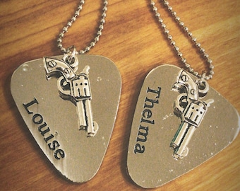 2pc - Silver Plated Thelma & Louise Necklace Set - BFFs, Friends, Sisters