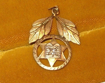 """Jewish Star, Circle, Tablet, Leaves, Heavy Pendant, 14kt Gold, Gorgeous, Vintage, 1.25""""L w Hanger, Fully Marked, Large Clear Diamond"""