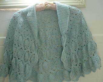 vintage crocheted caplet shawl shrug wrap ladies free size crocheted by hand hand crochet dreamy aqua pineapple motif